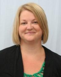 Becky Larson Headshot